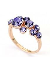 Кольцо с фиолетовыми Crystal Swarovski