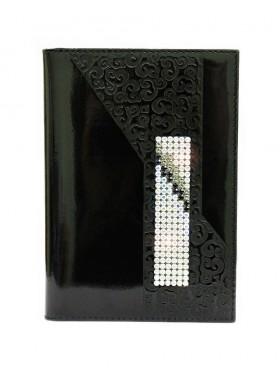 """Обложка для паспорта """"Knicksen"""" из черной кожи со Swarovski"""