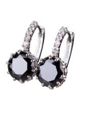Серьги с круглым черным кристаллом