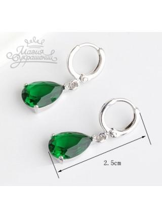 Серьги Солнечная фантазия с зеленым камнем